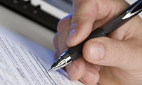 A photo of a writing pen